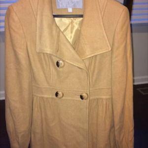 Beige Jessica Simpson coat
