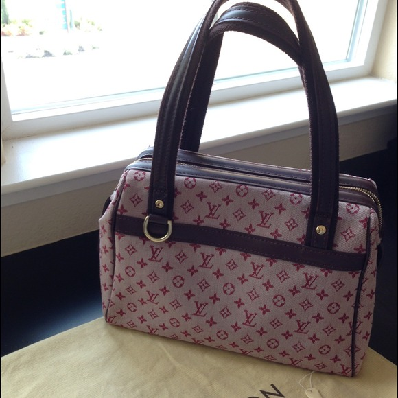 58 off louis vuitton handbags louis vuitton pink