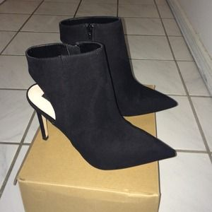 Brand New ZARA ankle booties