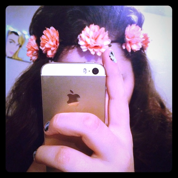 Peach color Elastic Flower headband. 9d342237ffb