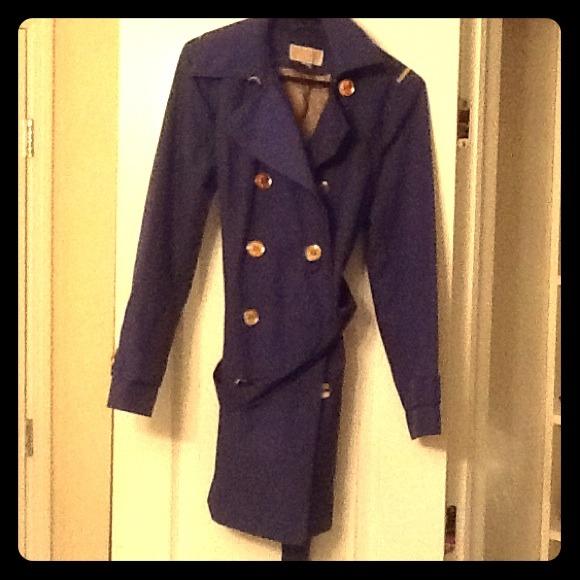 451a83febaa MICHAEL Michael Kors Blue Trench Coat. M 5488260e94d5680340051183