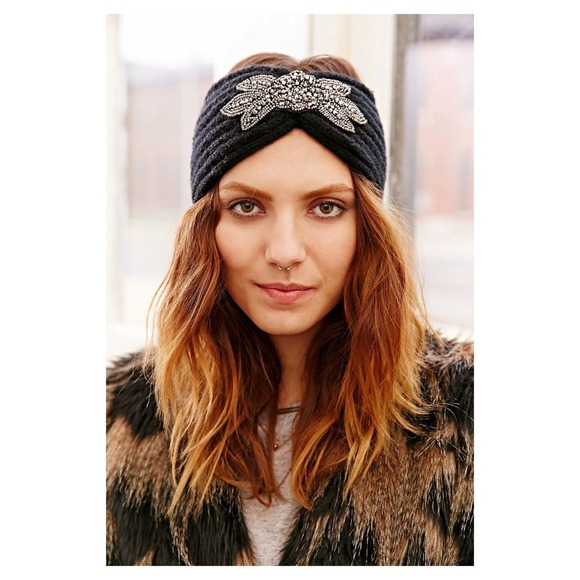 Embellished turban headband   Ear warmer. M 548829f3792074549204cbee a5b49902757