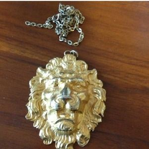 Jewelry - Bebe Lion Necklace