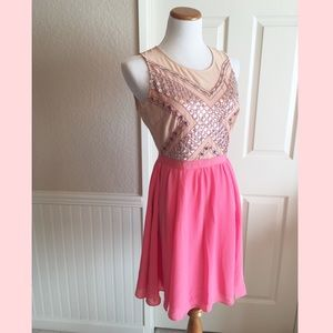 💘Take 15% Off! Pink Embellished Dress