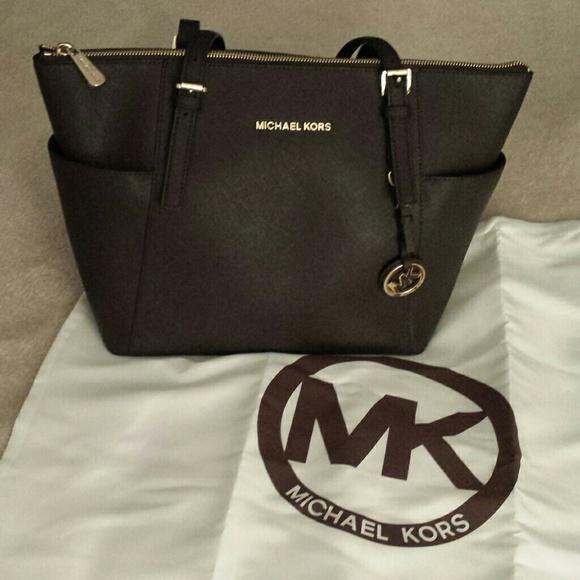 285db3da0dedf6 MICHAEL Michael Kors Bags | Jet Set East West Top Zip Tote | Poshmark