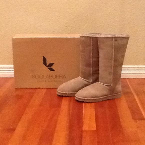 54ba967de5c KOOLABURRA Classic tall boots NWT