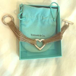 Tiffany & Co. 10-chain toggle heart bracelet