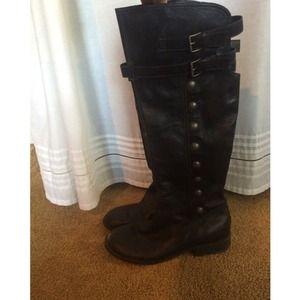 BP Black Boots