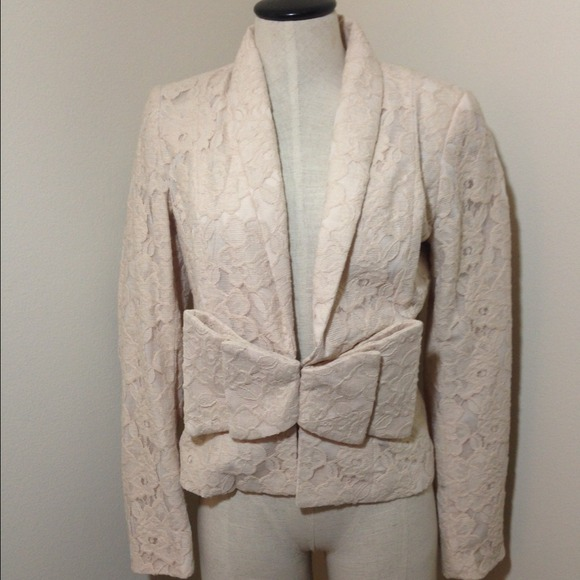 H&M Jackets & Coats - H&M bow front Structured Lace Blazer | Sz 10