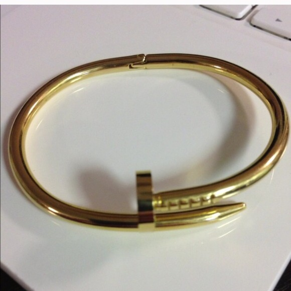 adc3d6dcae436 Cartier nail bracelet