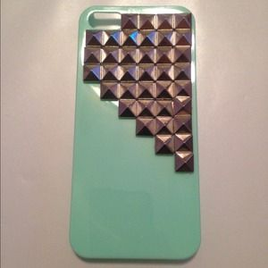 Turquoise studded iPhone 5/5s case