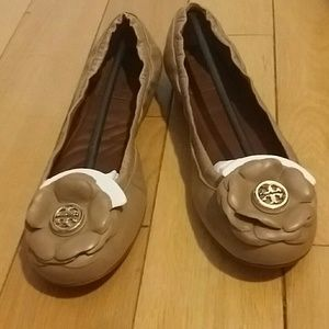 Tory burch Shelby flats