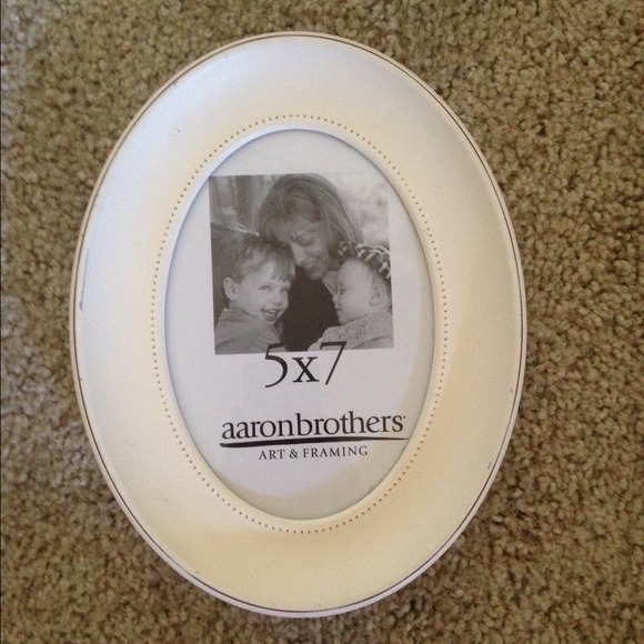 Nwt Aarons Brothers 5x7 Picture Frame Poshmark