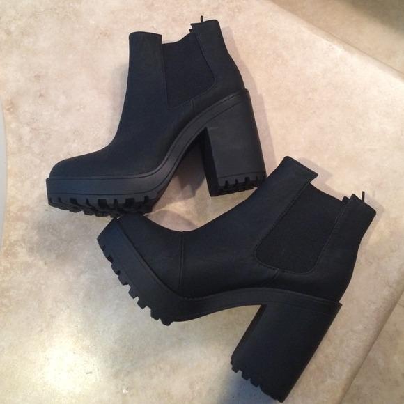 29 h m boots black h m platform booties size 8 5
