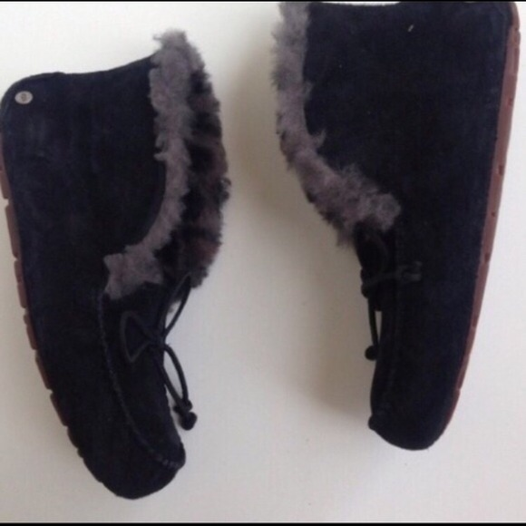 how to clean black ugg moccasins