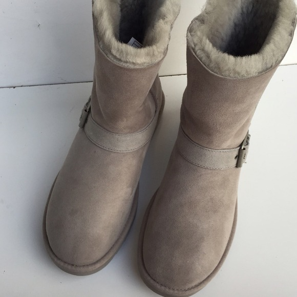 ugg blaise breast cancer