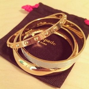Thin Gold Dotted Bangle