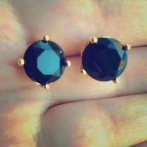 C. Wonder Black and Gold Bling Stud Earrings