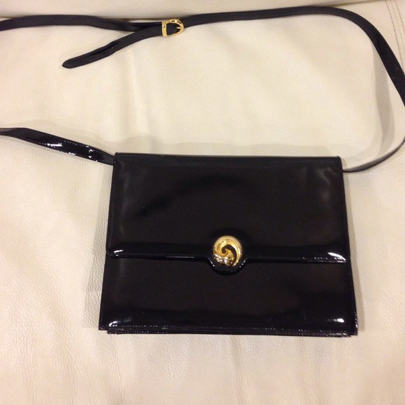 1317d0022a Salvatore Ferragamo Vintage Patent Leather Purse! M 548c8fd1f71a86206f0100d6