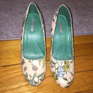 Michael Antonio Shoes - Floral platform shoes