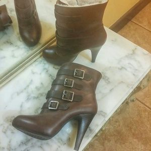 New Gianni bini booties
