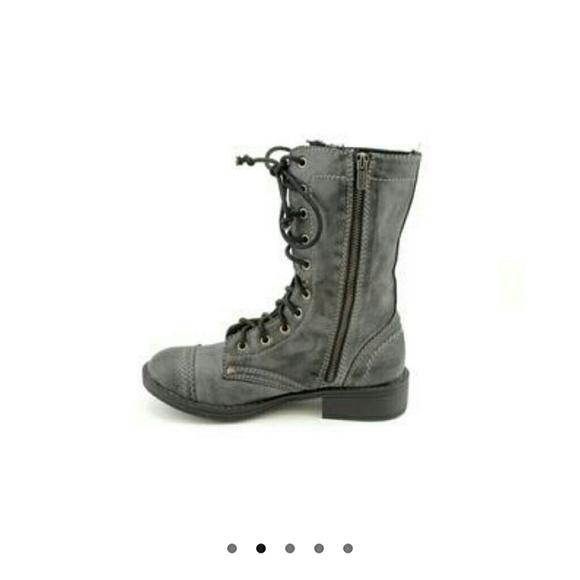 63% off Roxy Boots - Roxy 'Seattle' Combat Boots from Jodi's ...