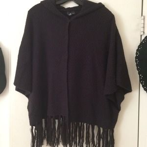 H&M hooded knit cape / poncho. Navy blue color.