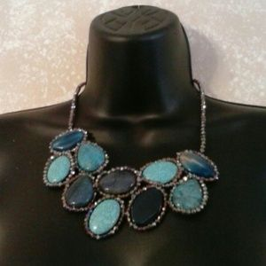 Versona Accessories  Jewelry - Semi-  Precious Stone Necklace