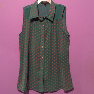 Teal sleeveless button up blouse tan polka dots S