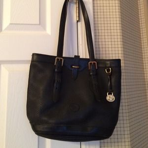 Dooney & Bourke Handbags - Dooney & Bourke leather purse.