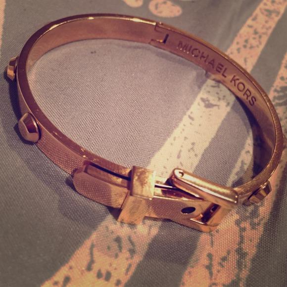 michael kors astor bracelet