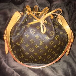 100% authentic Louis Vuitton NOE bag.