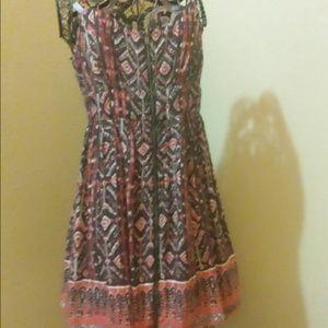 Bohemian print dress zipper all the way down
