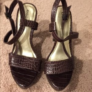 Gorgeous brand new Bebe heels in a size 8