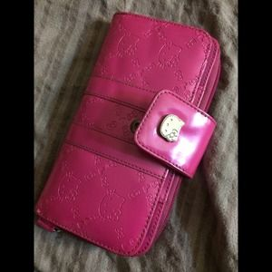 Pink hello kitty wallet