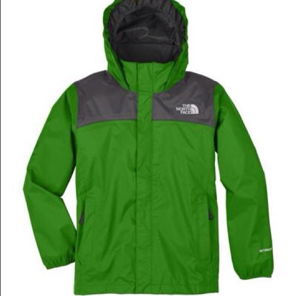 Green North Face jacket. M 548fa96efe23cc055e059cb8 34a28ce42e7b