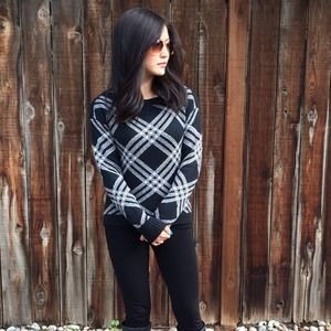 Sale!! Black & Gray Patterned Sweater