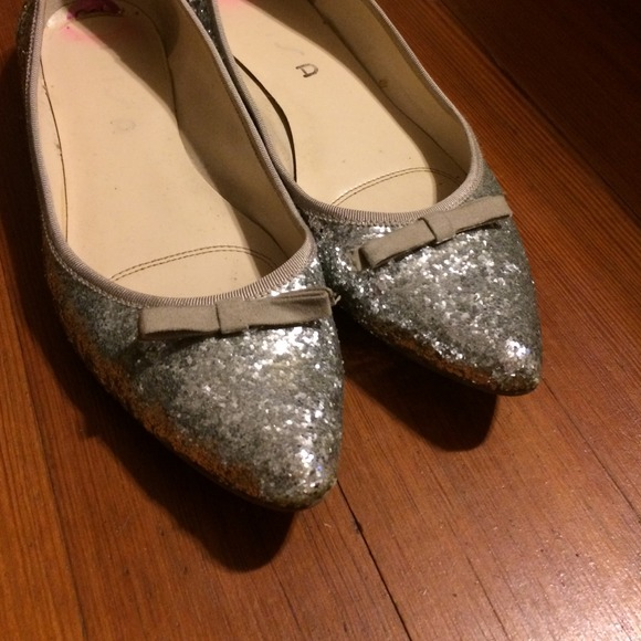 Silver Glitter Flats with Bow