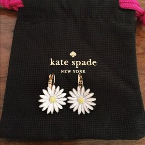 Kate Spade daisy earrings