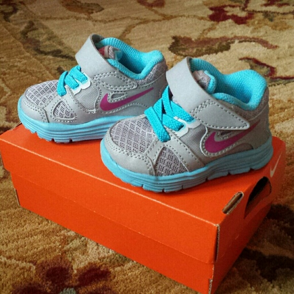 Nike other baby girl lunar forever poshmark m54908d10a632b66e043a47e1 sciox Images