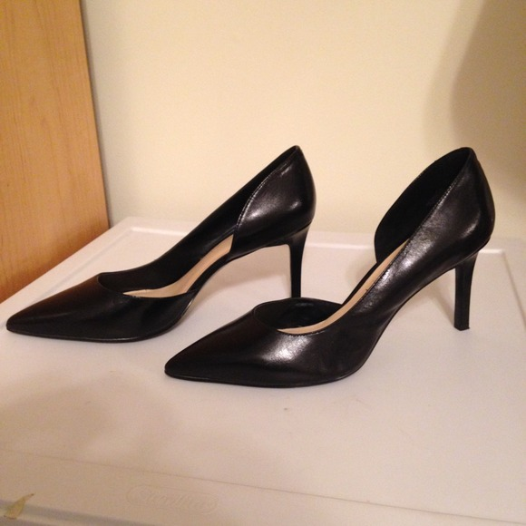 Nine West black pointed toe d orsay pumps. M 549f704135d2db4fe61695d0