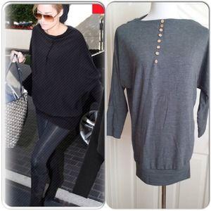 Sweaters - LAST ONE SALE😍Gray oversized tunic