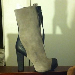Kelsi dagger suede boots grey suede/black leather