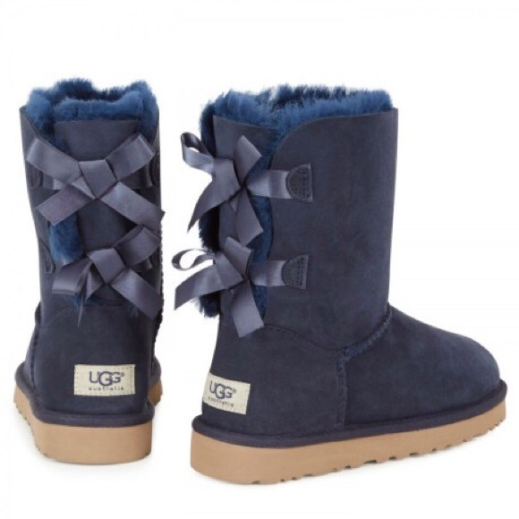 Ugg Bailey Bow Women's Navy blue boots New Sz 9