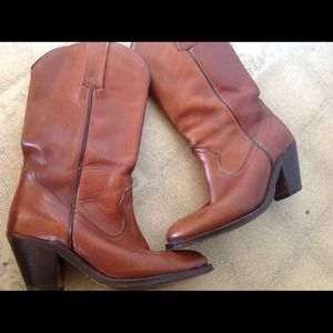 Frye Shoes - Vintage Frye leather Boots 7 B