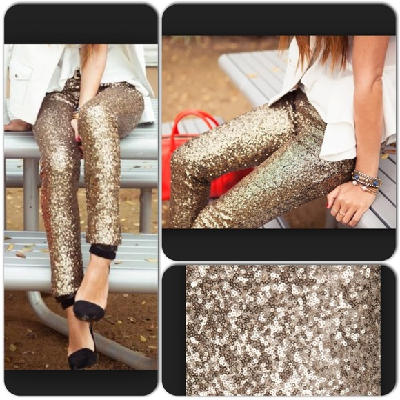 Pants - ⭐️LAST ONE!⭐️NWT Sequin Pants - Gold