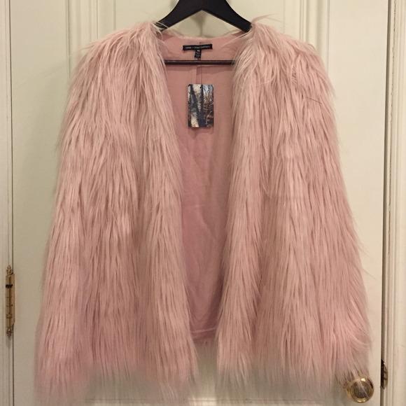 2864096cf ladakh x urban outfitters pink faux fur jacket NWT