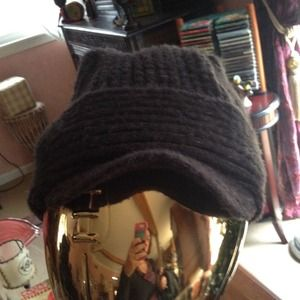 2 Hats! Lucky slouchy hat w/ visors & Acrylic