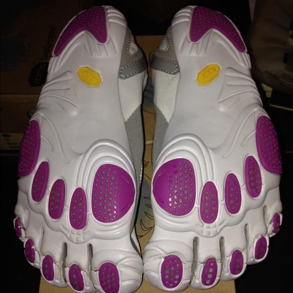 pick up afed4 95afa ... Jaya white grey purple. NWT. Vibram. M 5493d632c1d1c34ec5038b29.  M 5493d6386474b91820037dcd. M 5493d63df024f2407403c339.  M 5493d642a921af4c5f037edf