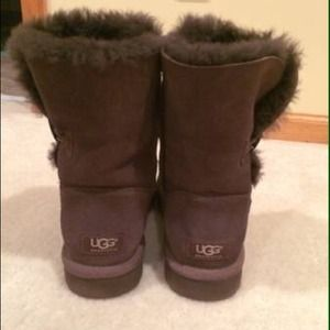UGG Shoes - Brown Bailey button uggs
